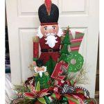 How to Make a DIY Christmas Centerpiece - Video Tutorial