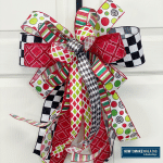 Choose the right ribbon colors and patterns for your project