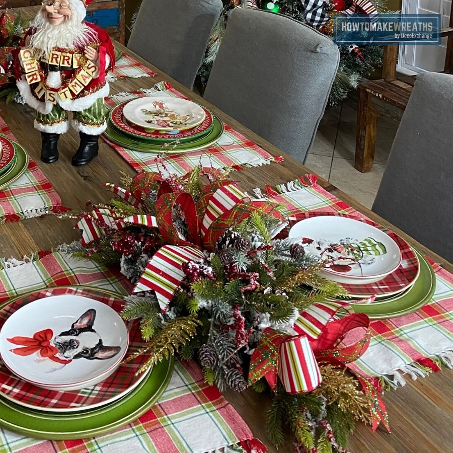 Simple DIY Christmas Centerpiece