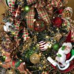 How to Decorate a Christmas Tree Like a Pro