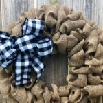 How to Make a Simple Burlap Wreath